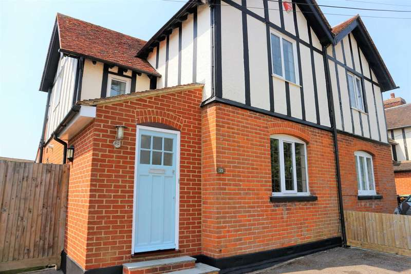 3 Bedrooms Semi Detached House for sale in Ross Gardens, Canterbury