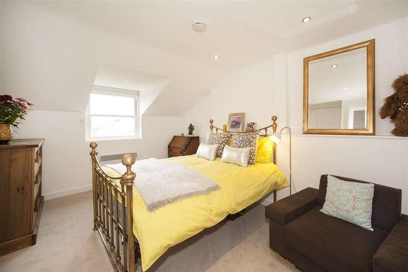 1 Bedroom Flat for sale in Goldhawk Road, Shepherd's Bush
