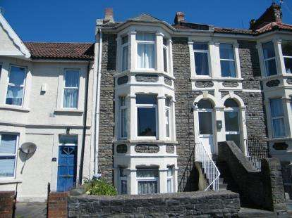 1 Bedroom Flat for sale in Staple Hill Road, Bristol, Somerset