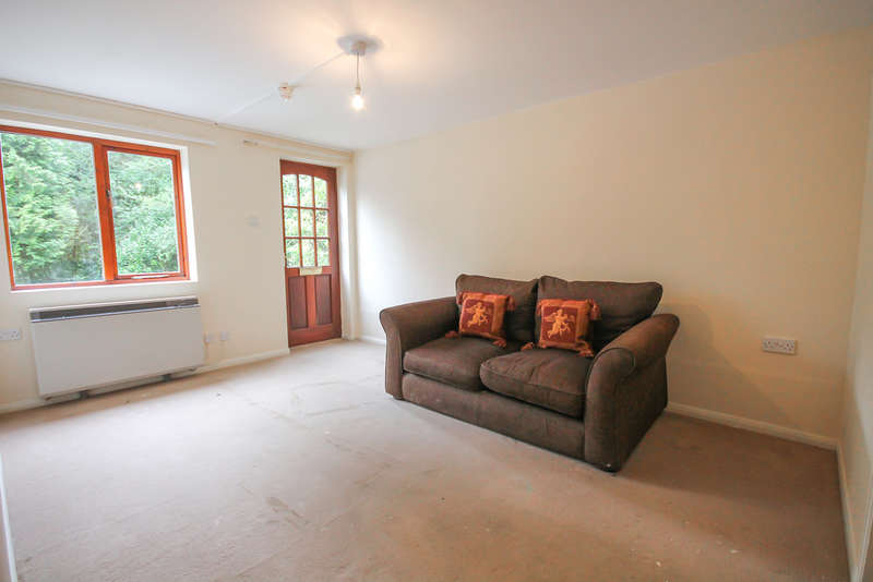 1 Bedroom Ground Maisonette Flat for sale in Fairfield Road, East Grinstead