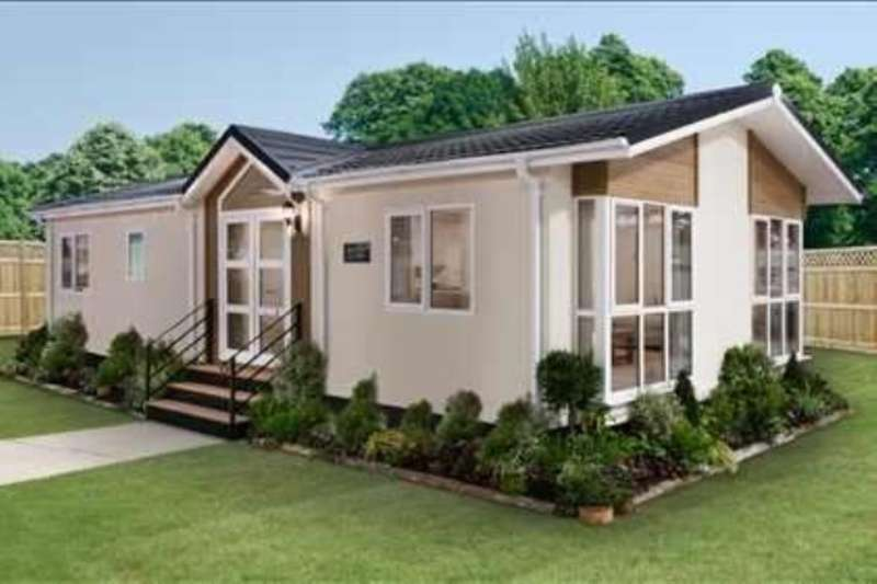2 Bedrooms Detached Bungalow for sale in Bramley Park, Marsh Lane, Sheffield, S21