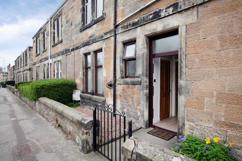 2 Bedrooms Ground Flat for sale in Balsusney Road, Kirkcaldy, Fife, KY2 5LG