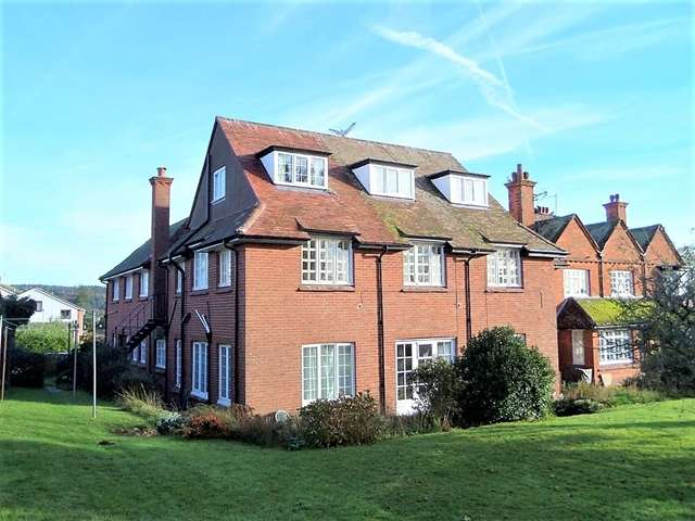2 Bedrooms Apartment Flat for sale in Copplestone House, 9 Bedlands Lane, Budleigh Salterton