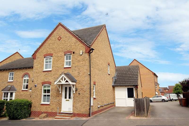 3 Bedrooms End Of Terrace House for sale in Spencer Road, Wellingborough, Northamptonshire. NN8 2QB