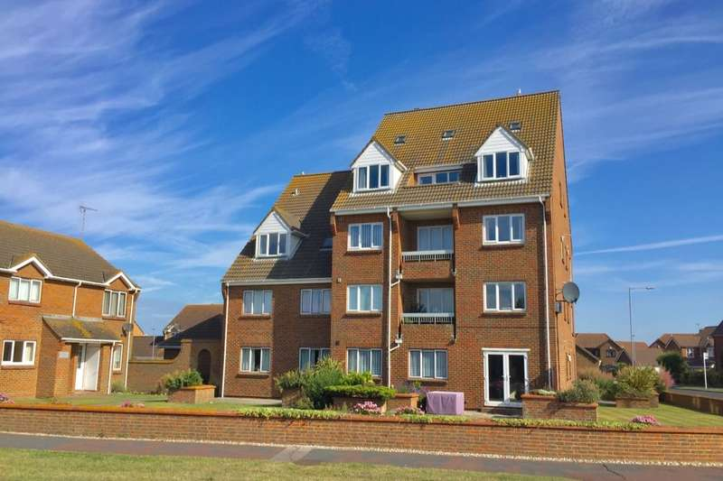 2 Bedrooms Flat for sale in Royal Sovereign View, Eastbourne, BN23