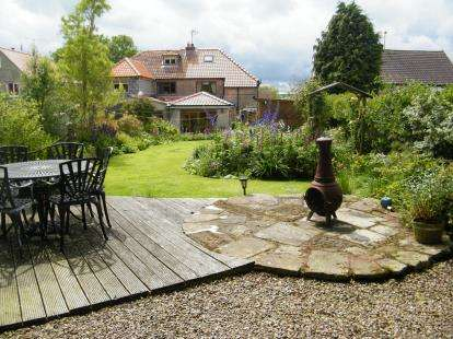 3 Bedrooms Semi Detached House for sale in Goathland, Whitby, North Yorkshire