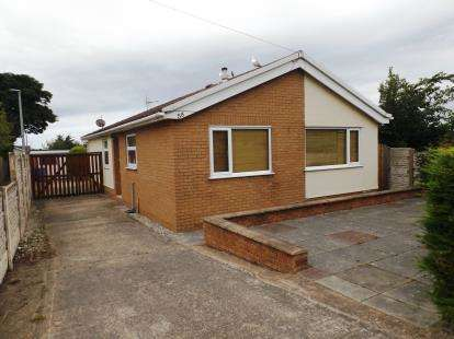 House for sale in Dyserth Road, Rhyl, Denbighshire, LL18