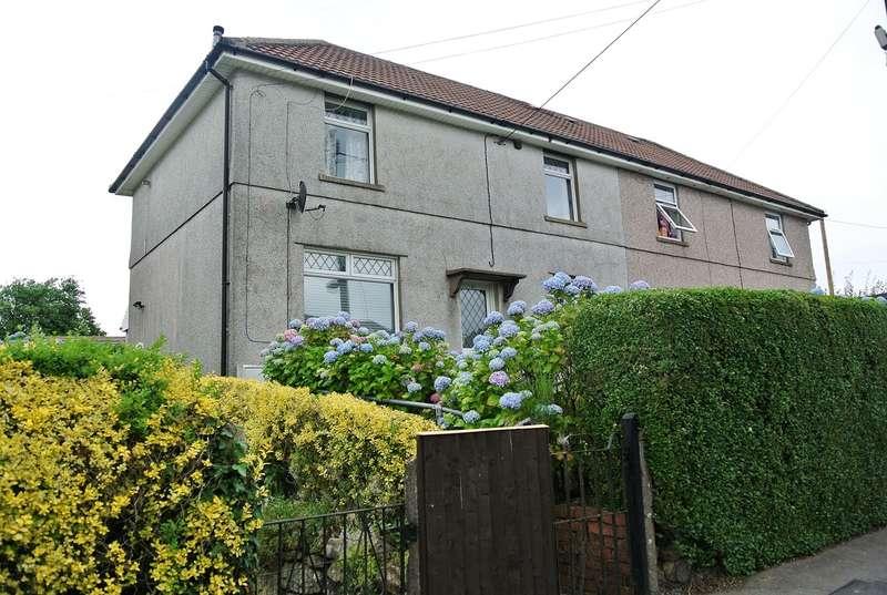 3 Bedrooms Semi Detached House for sale in Hillcrest, Garndiffaith, Pontypool, NP4