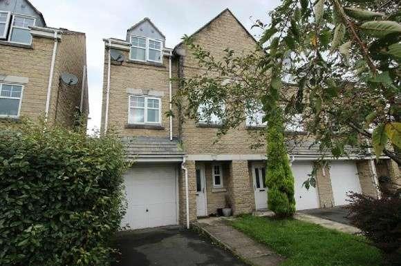 4 Bedrooms End Of Terrace House for sale in Musbury Mews, Helmshore, Rossendale
