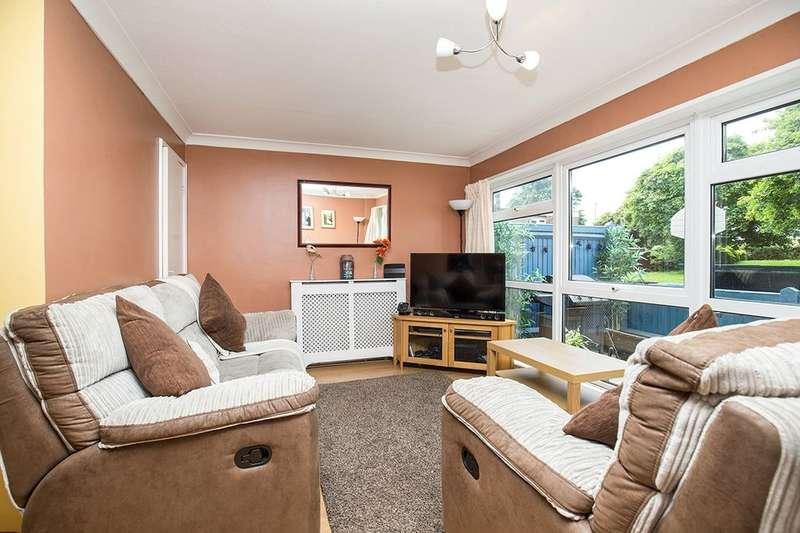2 Bedrooms Flat for sale in Amberley Drive, Bognor Regis, PO21