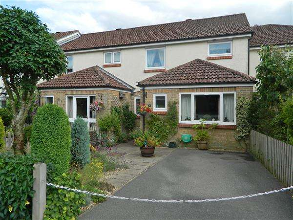 3 Bedrooms House for sale in Oakwood Close, Midhurst