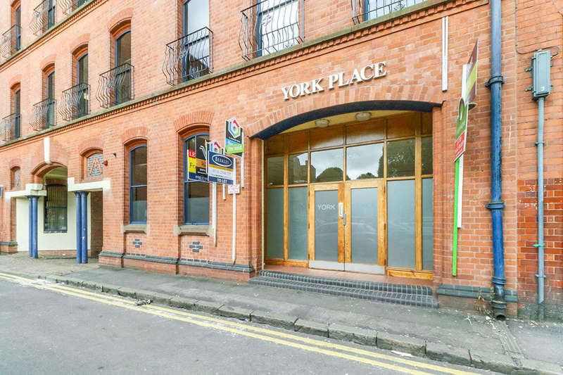2 Bedrooms Flat for sale in York Street, Leicester, LE1