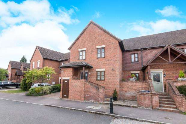 3 Bedrooms End Of Terrace House for sale in Haslemere, Surrey
