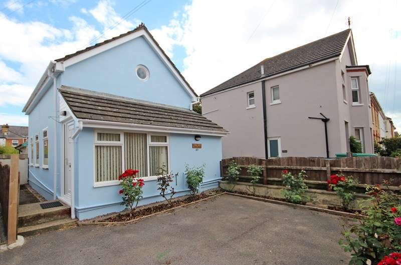 2 Bedrooms Detached House for sale in Livingstone Road, Southbourne, Bournemouth