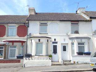 3 Bedrooms Terraced House for sale in Glenfield Road, Dover, Kent