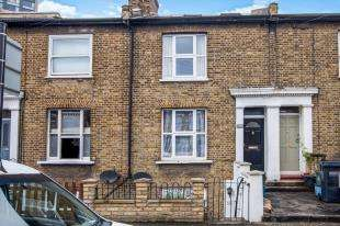 1 Bedroom Maisonette Flat for sale in Oval Road, Croydon