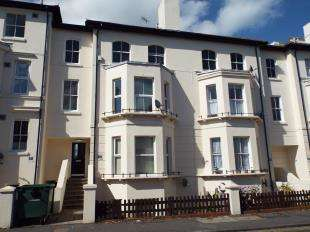 1 Bedroom Flat for sale in Cheriton Road, Folkestone, Kent, England