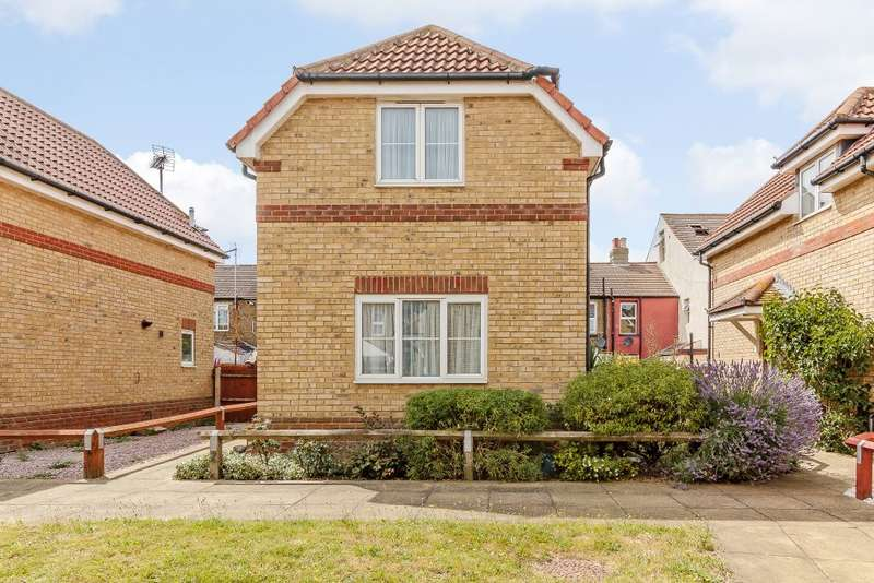 1 Bedroom Detached House for sale in Unity Court, Unity Street, Sheerness, Kent ME12