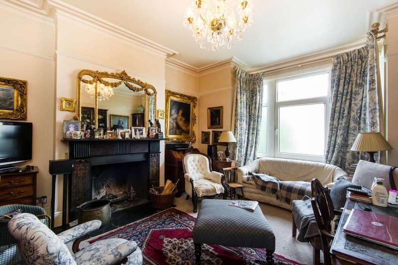 6 Bedrooms House for sale in Mitcham Lane, Furzedown, SW16