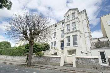 4 Bedrooms Flat for sale in Hillsborough, Mannamead
