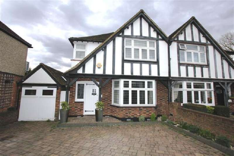 3 Bedrooms Semi Detached House for sale in Parkside Drive, Edgware, Greater London. HA8 8JX