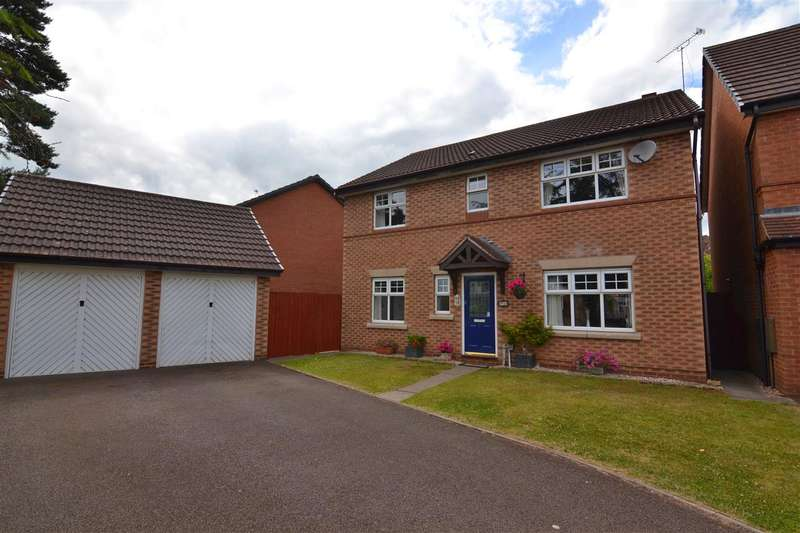 4 Bedrooms Detached House for sale in Daimler Close, Stafford