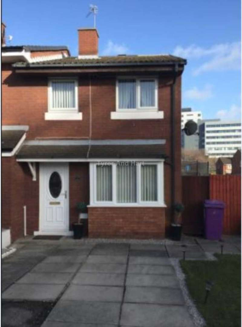 2 Bedrooms Semi Detached House for sale in Holy Cross Close, City Centre