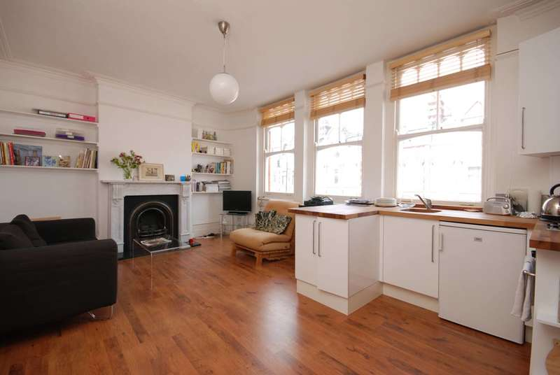 1 Bedroom Flat for sale in Muswell Hill Broadway, Muswell Hill, N10