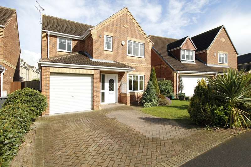 4 Bedrooms Detached House for sale in Brodsworth Way, Doncaster, South Yorkshire, DN11