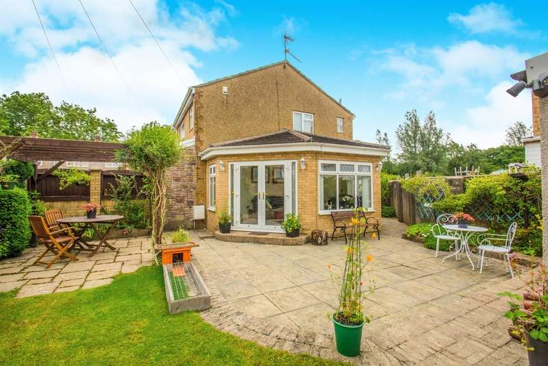 3 Bedrooms Semi Detached House for sale in St Annes Drive, Llantwit Fardre, Pontypridd