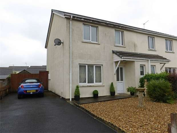 3 Bedrooms Semi Detached House for sale in Valley Road, Saundersfoot, Pembrokeshire