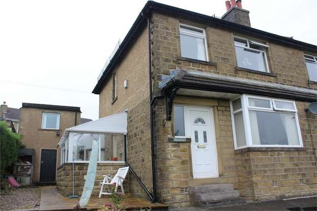 3 Bedrooms Semi Detached House for sale in Keighley Road, Oakworth, Keighley, West Yorkshire