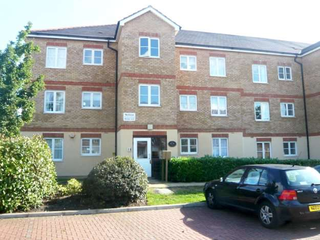 2 Bedrooms Apartment Flat for sale in East India Way, Croydon