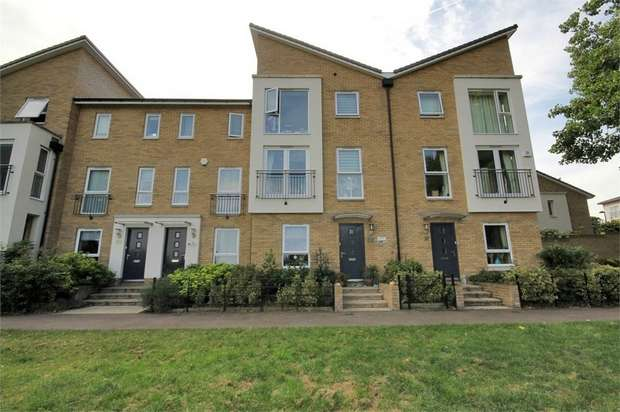 3 Bedrooms Terraced House for sale in Tanyard Place, Harlow, Essex