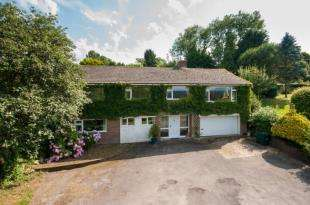 5 Bedrooms Equestrian Facility Character Property for sale in Redbrook Lane, Buxted, Uckfield, East Sussex