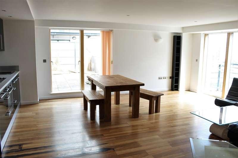 2 Bedrooms Flat for rent in Whitehall Waterfront, 2 Riverside Way, LS1 4EE