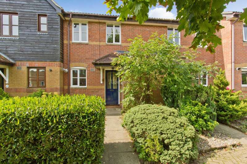 3 Bedrooms Terraced House for sale in Rome Walk, Toftwood