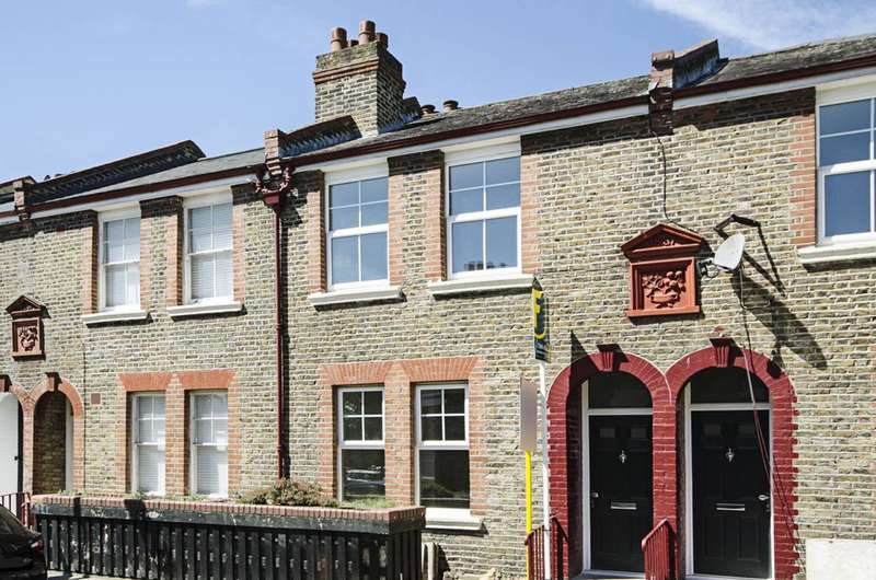3 Bedrooms House for sale in April Street, Hackney, E8