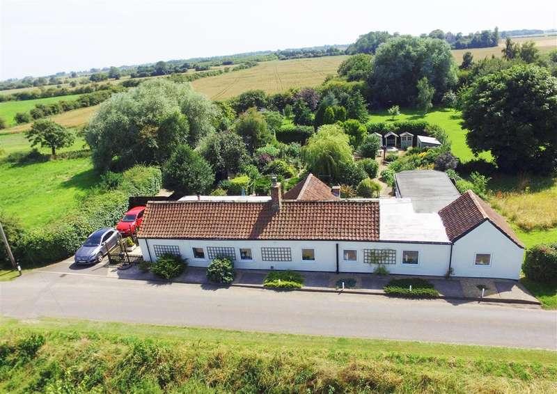 3 Bedrooms Bungalow for sale in Jasmine Cottage, Wainfleet Bank, Wainfleet St Mary, Skegness