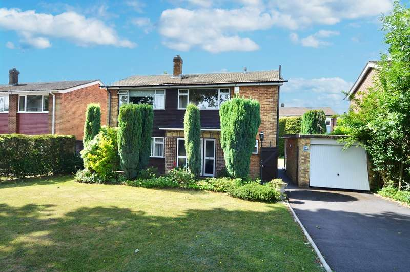 3 Bedrooms Detached House for sale in Sedgmoor Road, Flackwell Heath, HP10