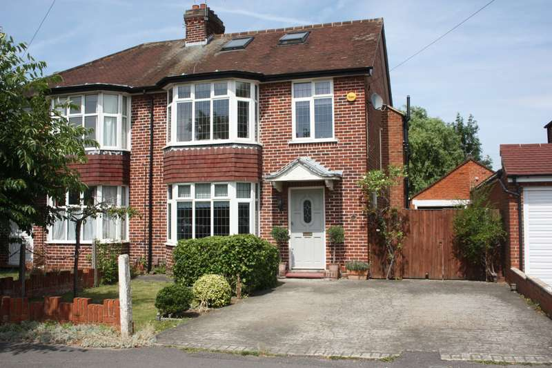 4 Bedrooms Semi Detached House for sale in The Drive, Earley, Reading, RG6