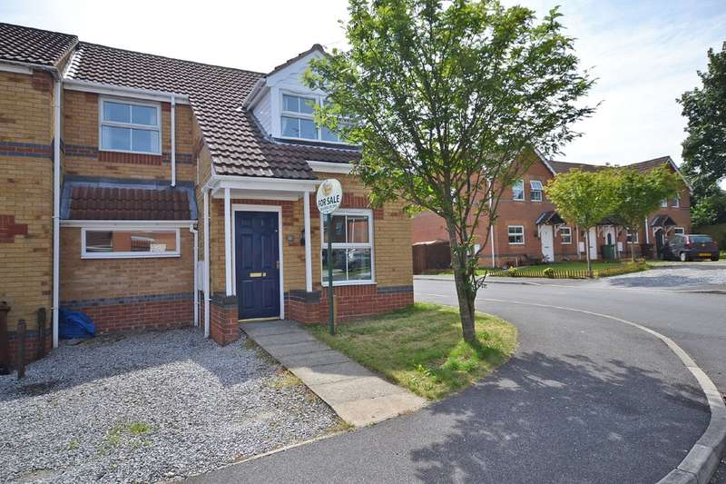 3 Bedrooms Town House for sale in Hemmingway Close, Havercroft, Wakefield