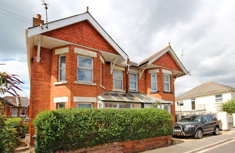 4 Bedrooms Semi Detached House for sale in West Road, Southbourne, Bournemouth
