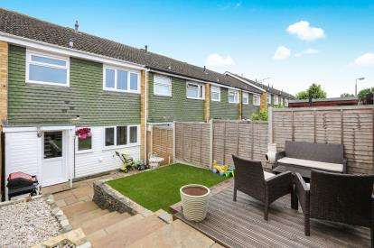 3 Bedrooms Terraced House for sale in Parkfield, Letchworth Garden City, Hertfordshire, England