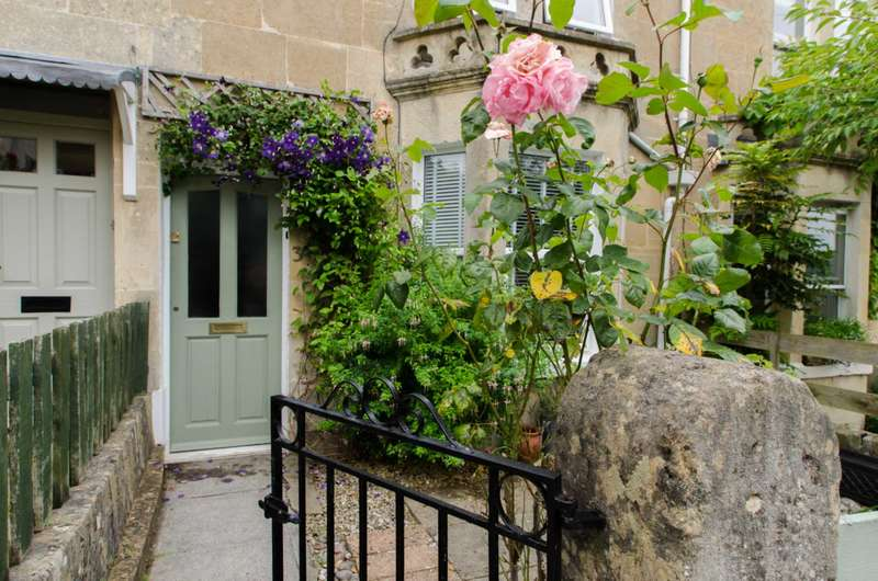 3 Bedrooms Terraced House for sale in Melrose Terrace, Bath