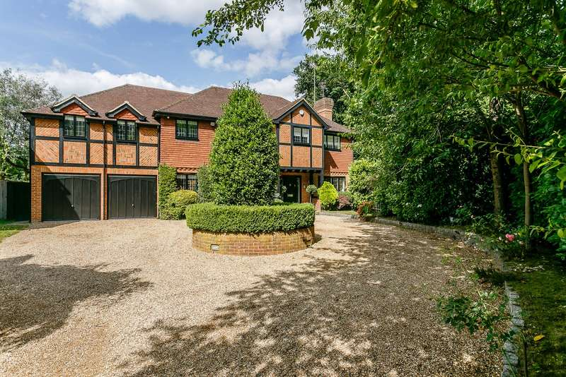 6 Bedrooms Detached House for sale in Claygate