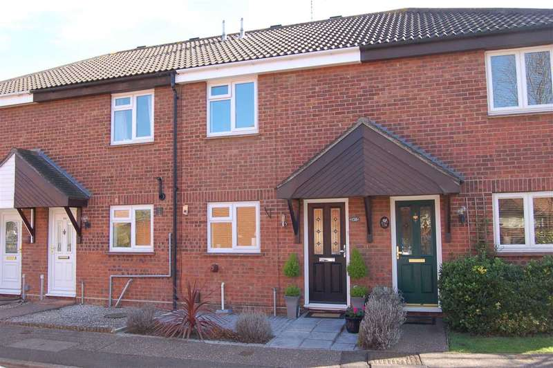 2 Bedrooms House for sale in Pollards Green, Chelmer Village, Chelmsford