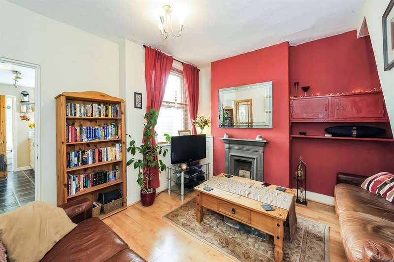 2 Bedrooms Terraced House for sale in Warwick Street, Cardiff