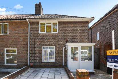 3 Bedrooms House for sale in Woodbank Road, Bromley