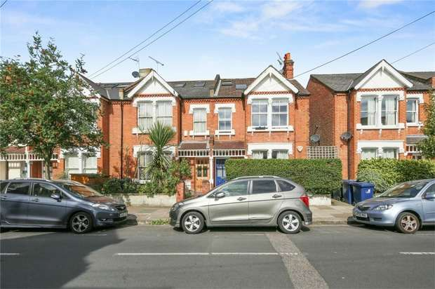 3 Bedrooms Flat for sale in St Albans Avenue, Chiswick